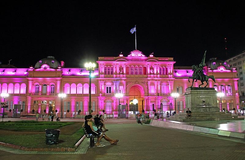 Casa Rosada durante a noite em Buenos Aires