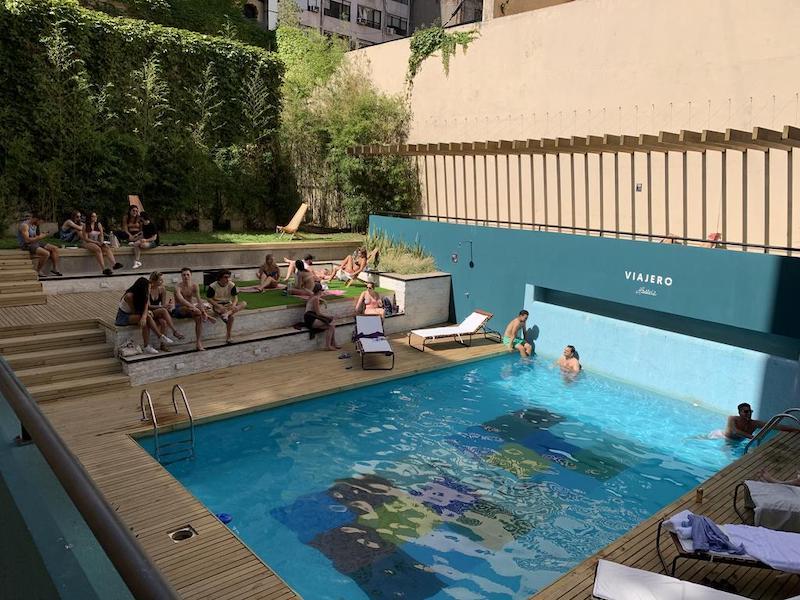Piscina no Hostel Viajero em Buenos Aires